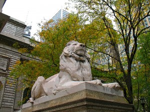 <b>Lions guard the Library entrance</b>